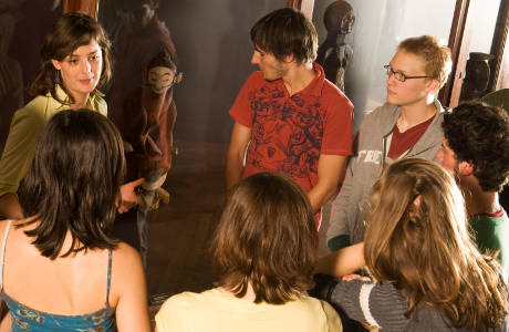 A guided tour with youth in the museum
